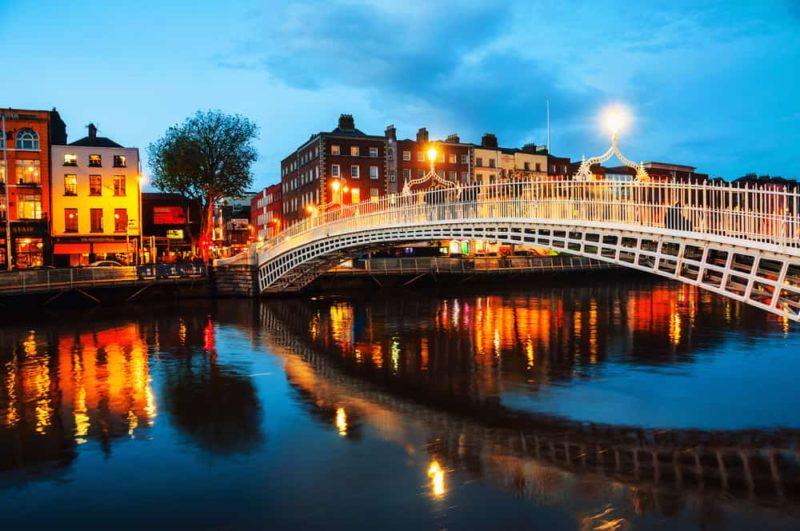 Ha-Penny-Bridge-in-Dublin